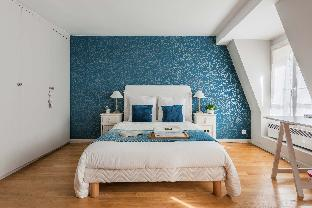Cosy cocoon for a romantic trip in Latin Quarter