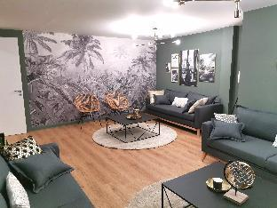 Luxurious and spacious flat, 125sqm in Oberkampf