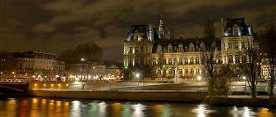 Paris Interiors Rentals -Nice Notre Dame Apartment